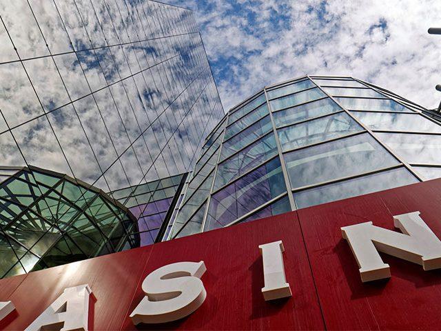 casino outside 640x480 - Conheça o que os Casinos de Lisboa têm para si