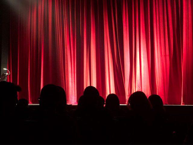 theater 640x480 - Conheça o Teatro Maria Matos